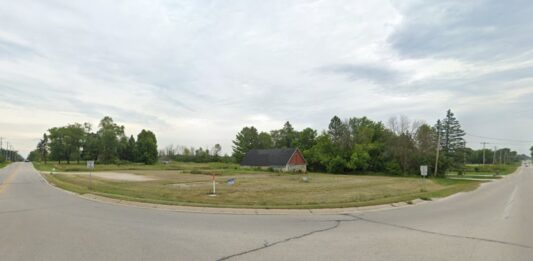 Good Hope and Town Hall roads, Menomonee Falls, near where Edgewood Preserve is proposed. Credit: Google