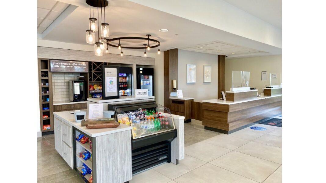 The Shop and front desk at Hilton Garden Inn Oconomowoc. Photo courtesy of KM Hotel LLC