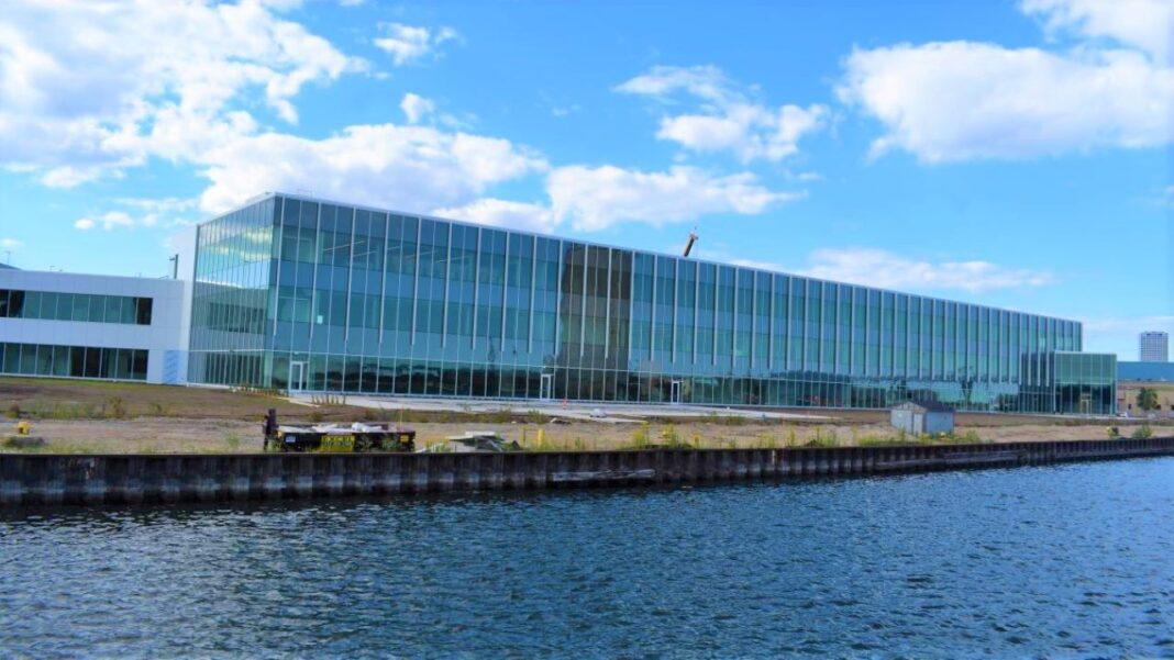 Komatsu Mining's future headquarters office building