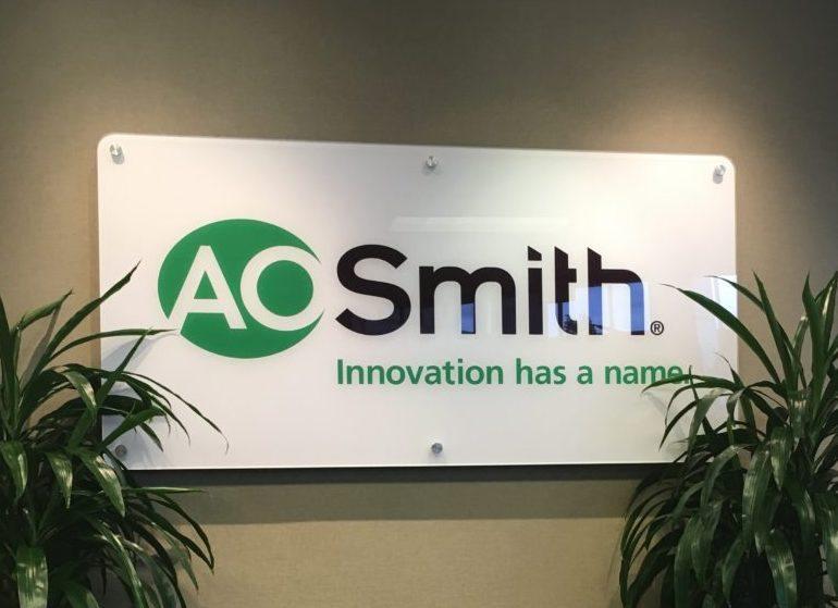 ao-smith-102616-athomas
