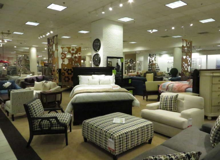 Bon Ton Unveils Remodeled Downtown Boston Store