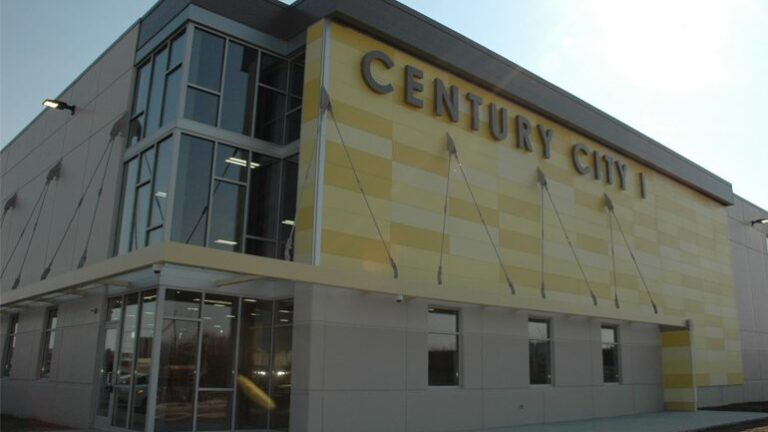 Commentary: Century City finally gains momentum