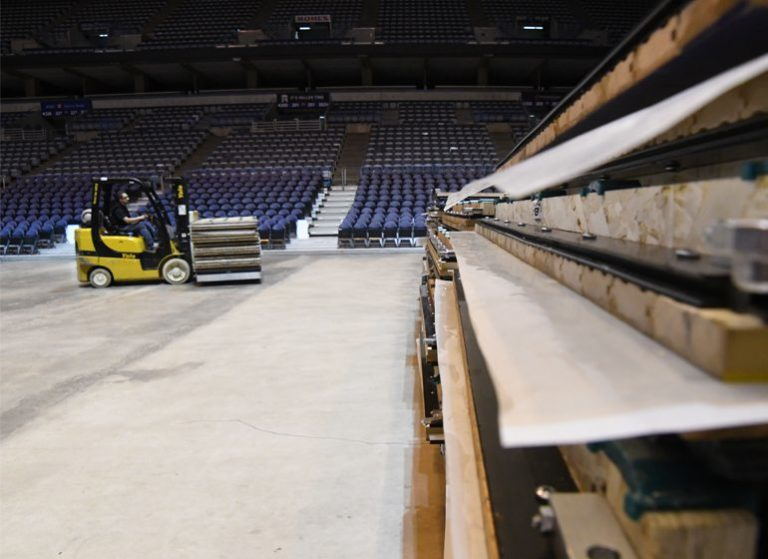 Floor conversion at BMO Harris Bradley Center