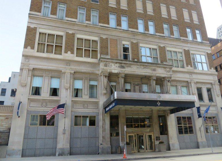 Milwaukee Athletic Club building