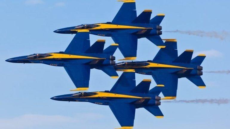 Milwaukee Air Show 2020.Blue Angels To Headline 2020 Milwaukee Air Water Show