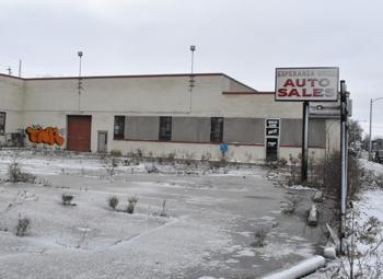 Ugly Building: Former Esperanza Unida auto lot and building
