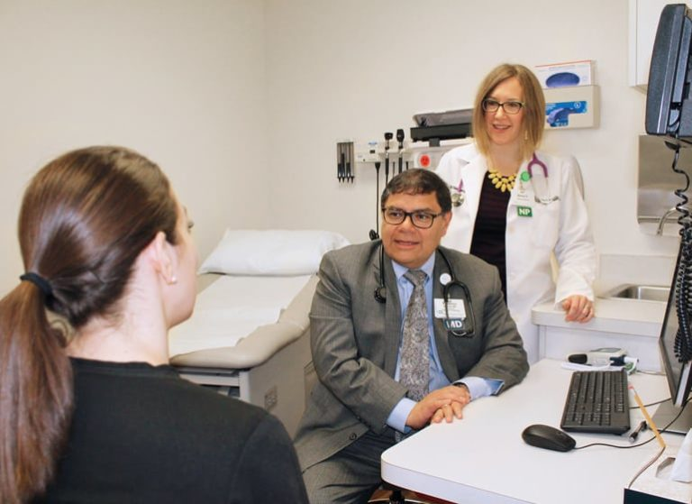 Aurora researchers participate in clinical trial examining cancer's financial toll