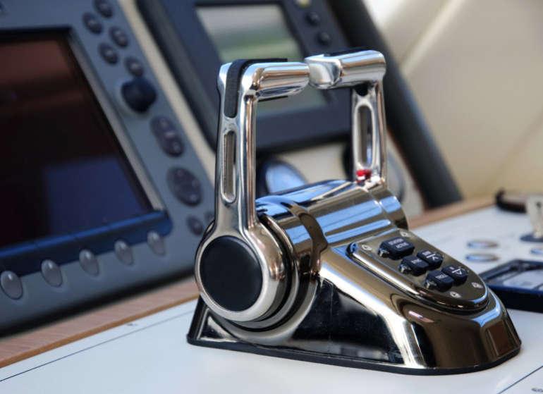 boat-transmission-shutterstock_62939233