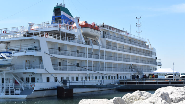 Now: Milwaukee attracting more cruise ships
