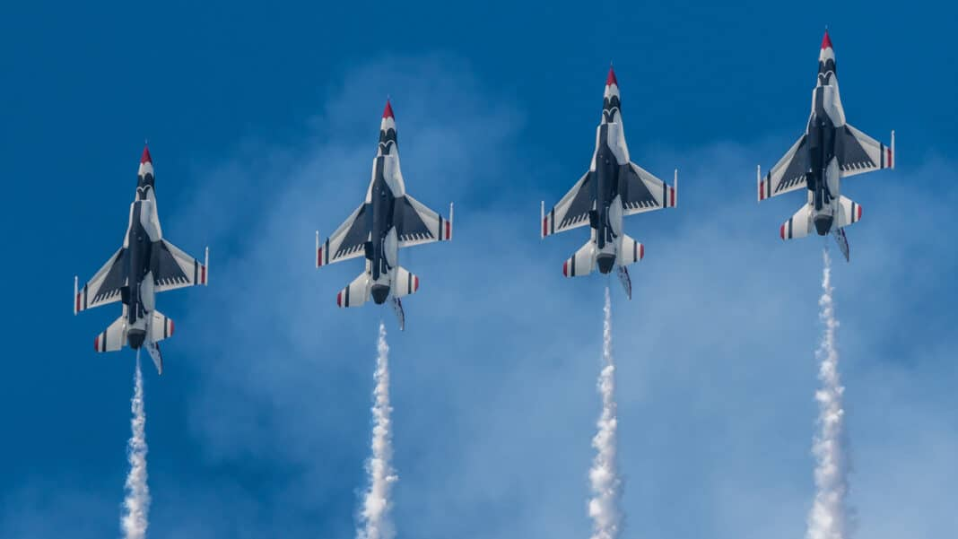 Milwaukee Air And Water Show 2020.Milwaukee Air Water Show To Take Off This Weekend