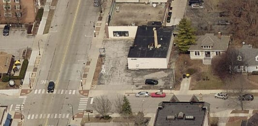 Shorewood dry cleaner building and residence slated for demolition