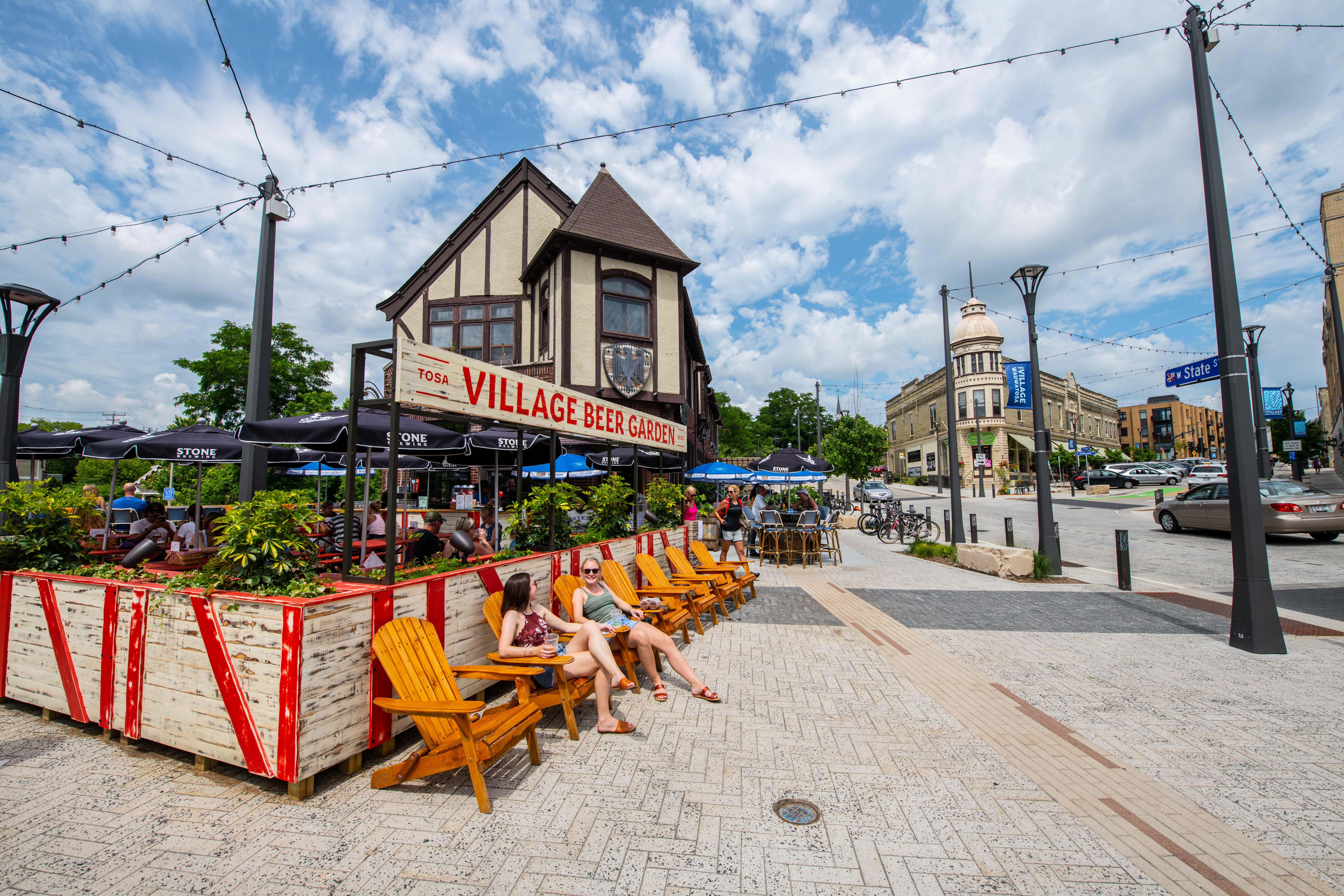 Tosa Beer Garden-Cafe Bavaria