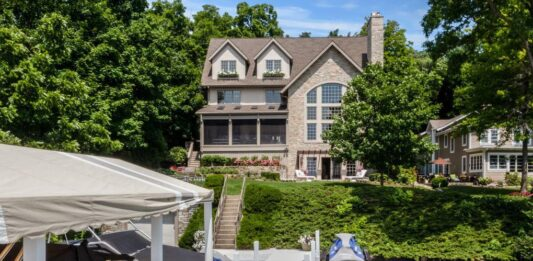 Geneva Lake home sold for $4.4 million