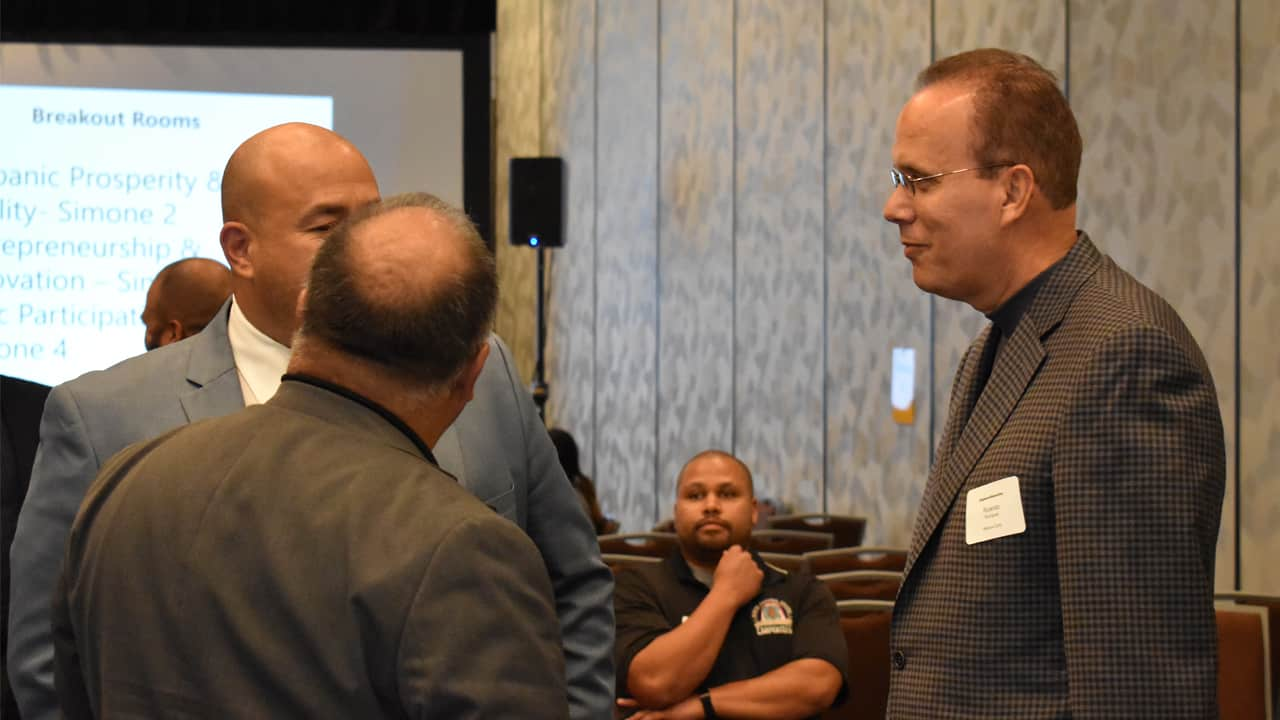 Rolando Rodriguez, chairman, president and chief executive officer of Marcus Theatres, was among those participating in a recent Hispanic Collaborative community working group meeting.
