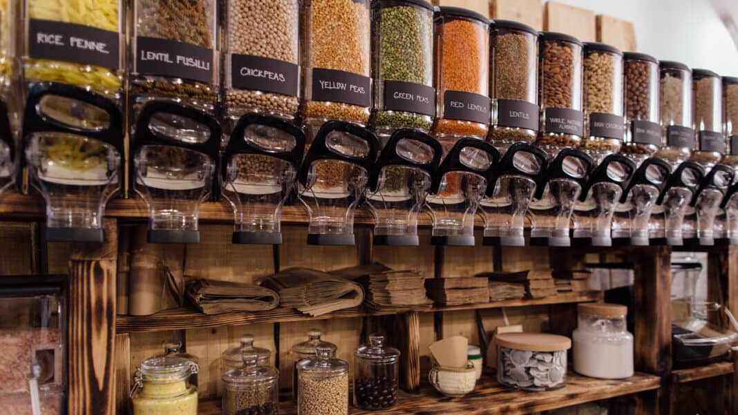 New grocery store to bring zero-waste movement to ...