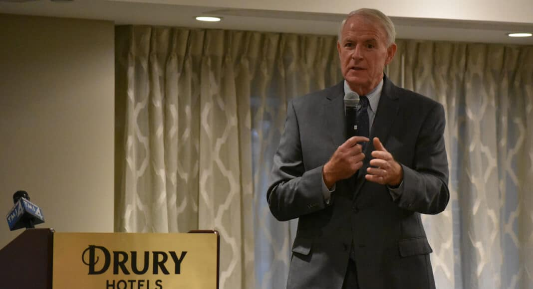 Mayor Tom Barrett speaks during Drury Plaza Hotel ribbon cutting ceremony.