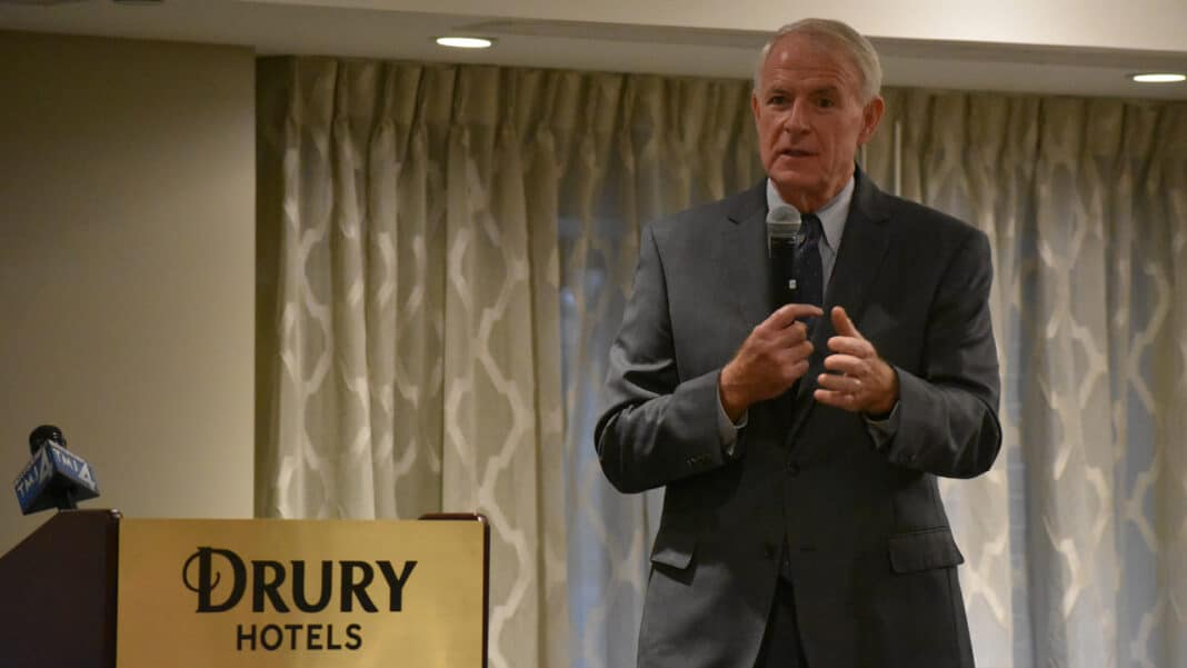 Mayor Tom Barrett speaks during Drury Plaza Hotel ribbon cutting ceremony.