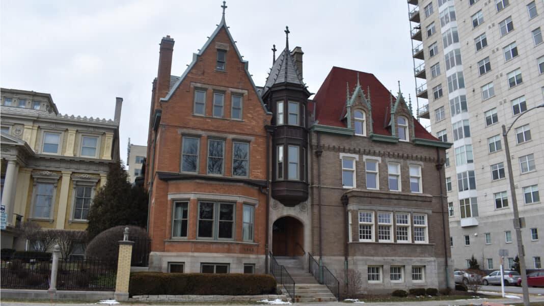Hawley-Bloodgood Houses