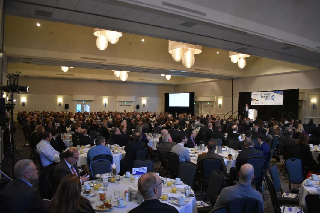 The crowd at the 2019 Economic Trends conference.